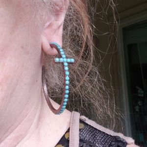 STONE TURQUOISE EARRINGS